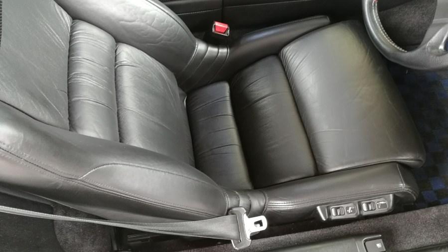 ホンダ NSX 黒革シート補修 施工後