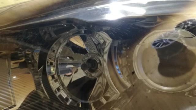 シトロエン C4ピカソ ヘッドライトスチーマー ヘッドライトコーティング 内側汚れ
