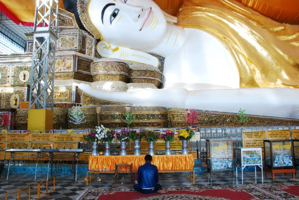 Shwethalyaung Buddha, the 2nd largest reclining buddha in the world