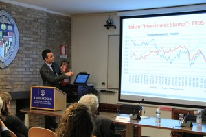 SAIS Europe professor Filippo Taddei, the chief economist for the ruling party in Italy, presented the rationale behind the macroeconomic reforms the current government is implementing. (Photo: Grace West)