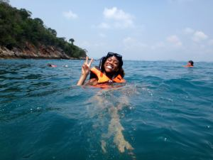 Leah Smith demonstrates proper swimming technique in the Gulf of Thailand. (Photo courtesy of Leah Smith)