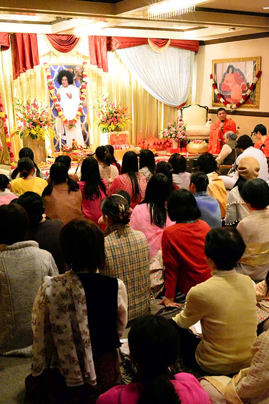 Birthday Celebrations at the Tokyo Sathya Sai Centre