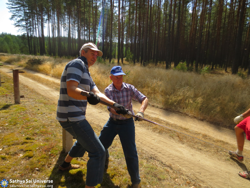 Z8 Belarus National volunteer camp in Baranovichi district 1