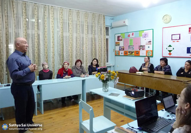 2015-11-07-8Z-Russian-region 4-meeting with the public