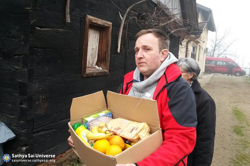 Croatia - Christmas food packages