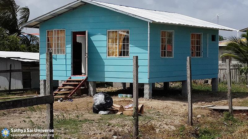 guyana-house-building-20160208_132606