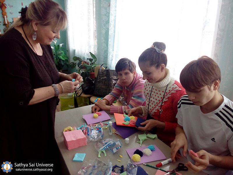 2017-03-04-z8-russia-workshop-in-the-orphanage