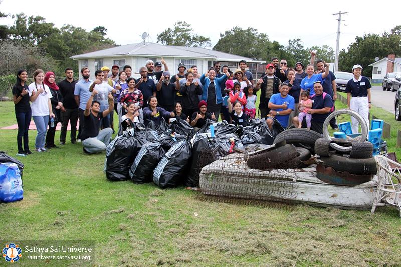 22-rubbish-collected-20170325-ify-otara-park-cleanup