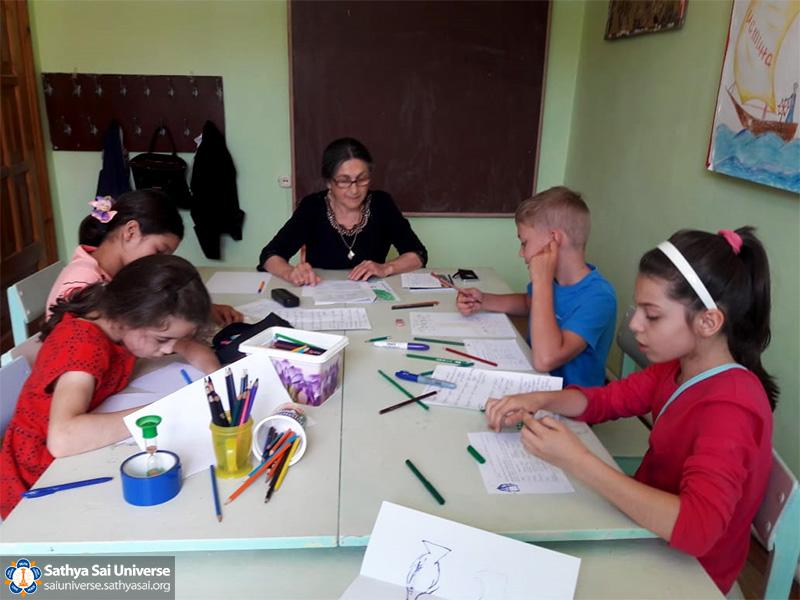 Vacation School in Russia – Sathya Sai Universe