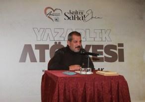 Yazar Karakulak, sevenleriyle bir araya geldi