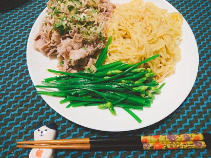 豚肉と花ニラの冷やし中華