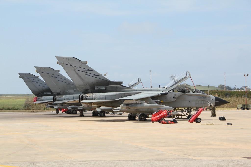 Line-up_of_Tornados_at_Trapani