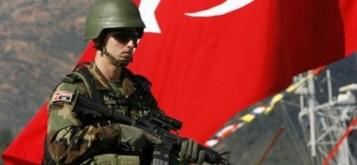 Gli Stati Uniti e la Turchia ignorano l'ammonimento della Russia, ed entrano in Siria