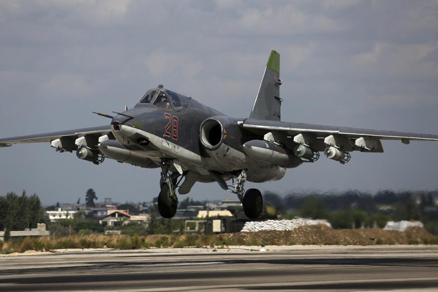 Ottobre 2015: circa 50 velivoli della Federazione Russa sostengono le operazioni militari del governo siriano