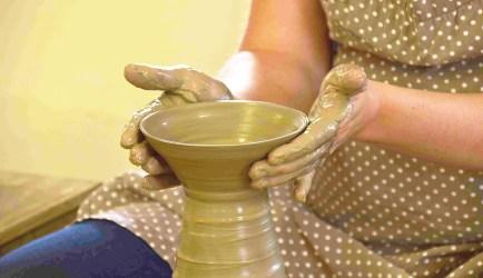 sake-voyage-sake-trips-mashiko-pottery-making-1