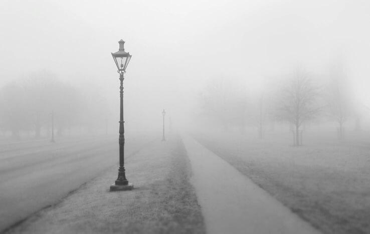 фонарь,черно-белая,