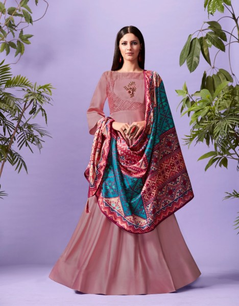 Lymi Palace silk gown with dupatta wholesaler