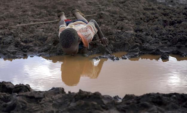 世界には安全な飲み水が足りていない