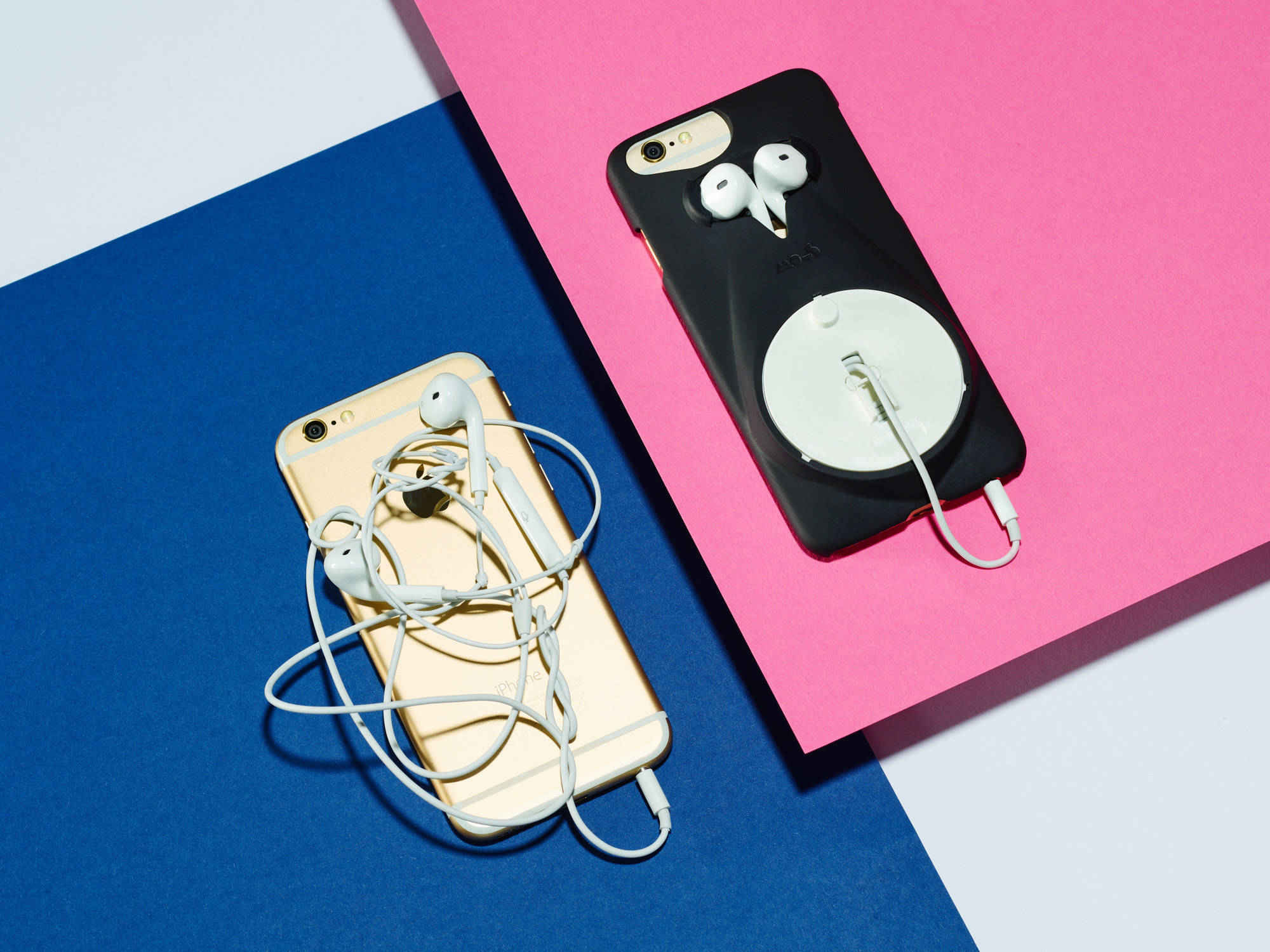 Mous_Musicase_and_Tangled_Headphones