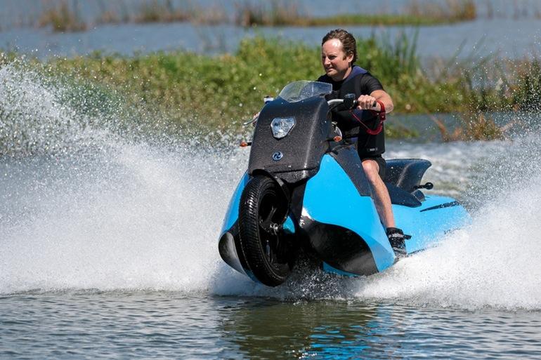 gibbs-terraquad-triski-biski-amphibious-motorcycle-11