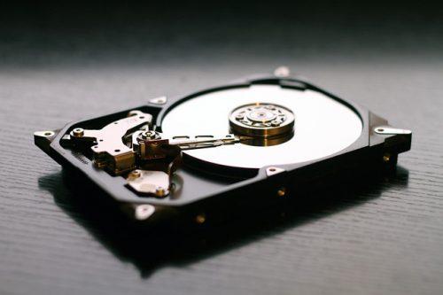 hard-drive-607461_640