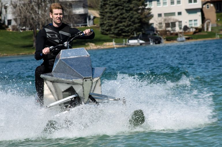 jet-blade-jetski-with-skis-13