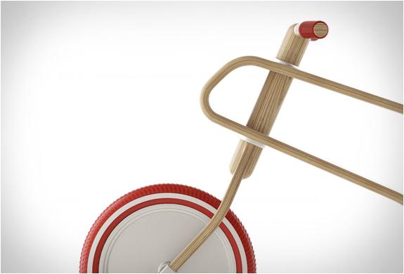 brum-brum-balance-bike-4