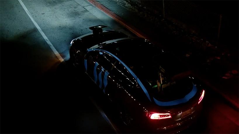 obscura-digital-racing-extinction-tesla-mobile-project-vehicle-designboom-02-818x460