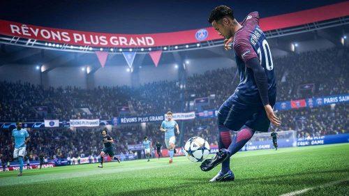 FIFA 19 - エレクトロニック・アーツ