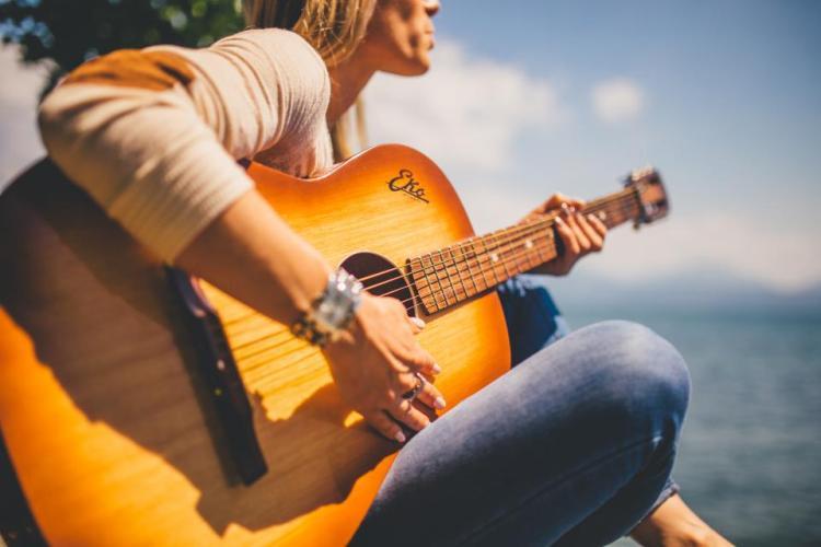 ギターのイメージ