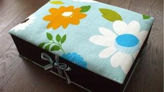 出産祝にメモリアルボックスとおむつポーチ