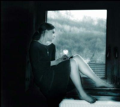 20070706020452-20070703191757-melancolia-en-la-ventana-p-.jpg