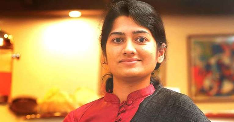 people-praise-tv-anupama-and-police-for-smooth-functioning-of-thrissur-pooram
