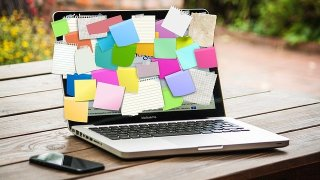 Bulletin Board Laptop Computer  - geralt / Pixabay