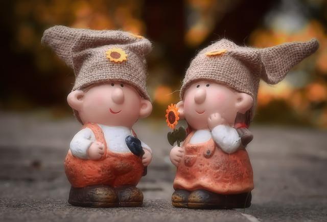 Imp Pair Cute Garden Funny Fun  - Alexas_Fotos / Pixabay
