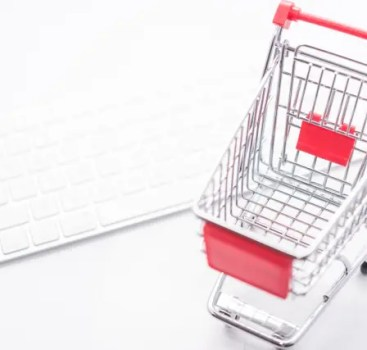 Amazonで商品を返品するときの送料は着払いなのか元払いか?