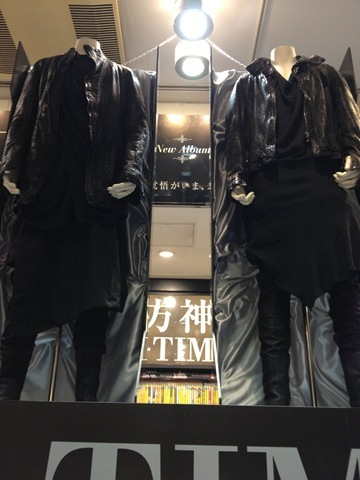 130308tvxq-time-costume03