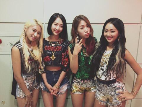 150713sistar-comeback-2015-june-shake-it-july-2nd-week01