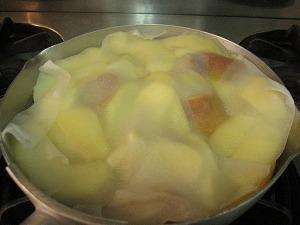 石垣島のカフェ&カレー「トラベラーズカフェ朔」のレシピ>シナモンアップルコンポート2