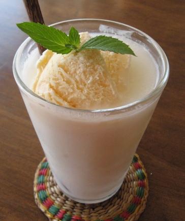 ココナツクリームソーダ