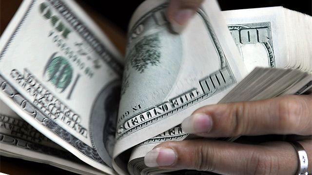 160127131925_russia_corruption_dollars_640