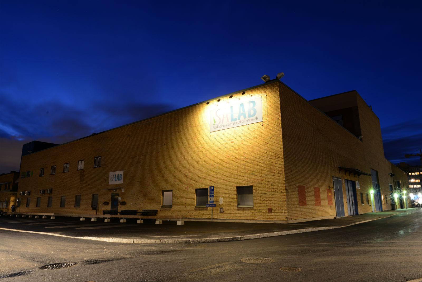 Salab factory night