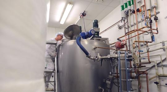 Salab factory blending tank