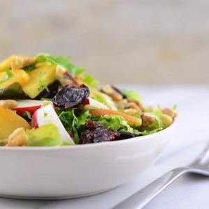 Vegan Salad with Apricots