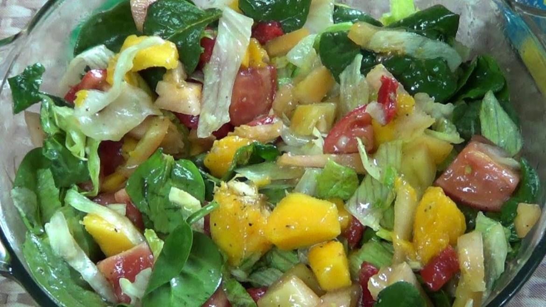 Fresh Garden Fruit-Veggie Salad