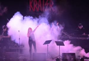 orquesta-krater-baile-con-musica-en-directo-eixample-barcelona