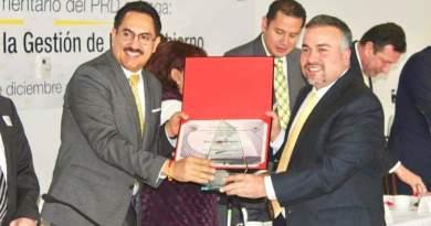 Senado de la República reconoce buen gobierno de Jesús Mora en Tuxpan