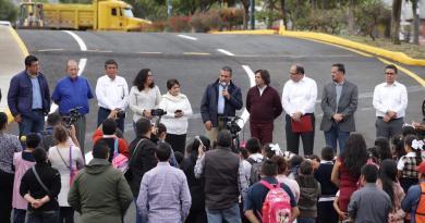 """Entrega Raúl Morón Orozco primera obra de """"Regeneración Vial"""""""
