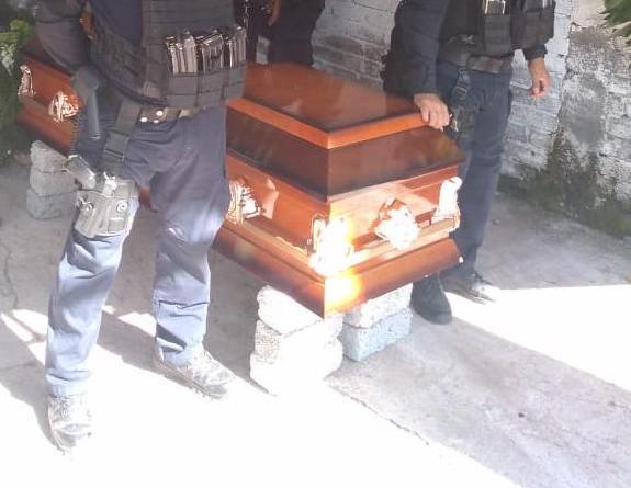 #RuidoEnLaRed El funeral humilde de un policía honesto