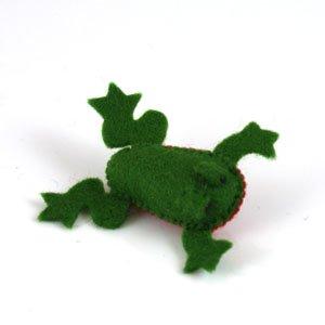 dark green frog felt brooch